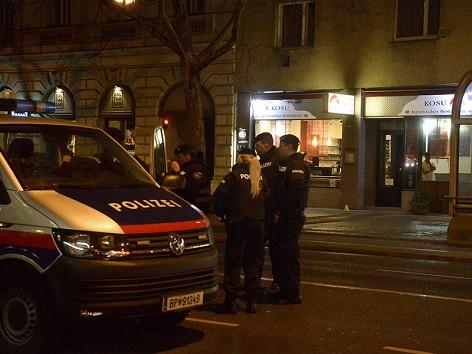 Messerattacke auf Familie: Motiv unklar – wien.ORF.at